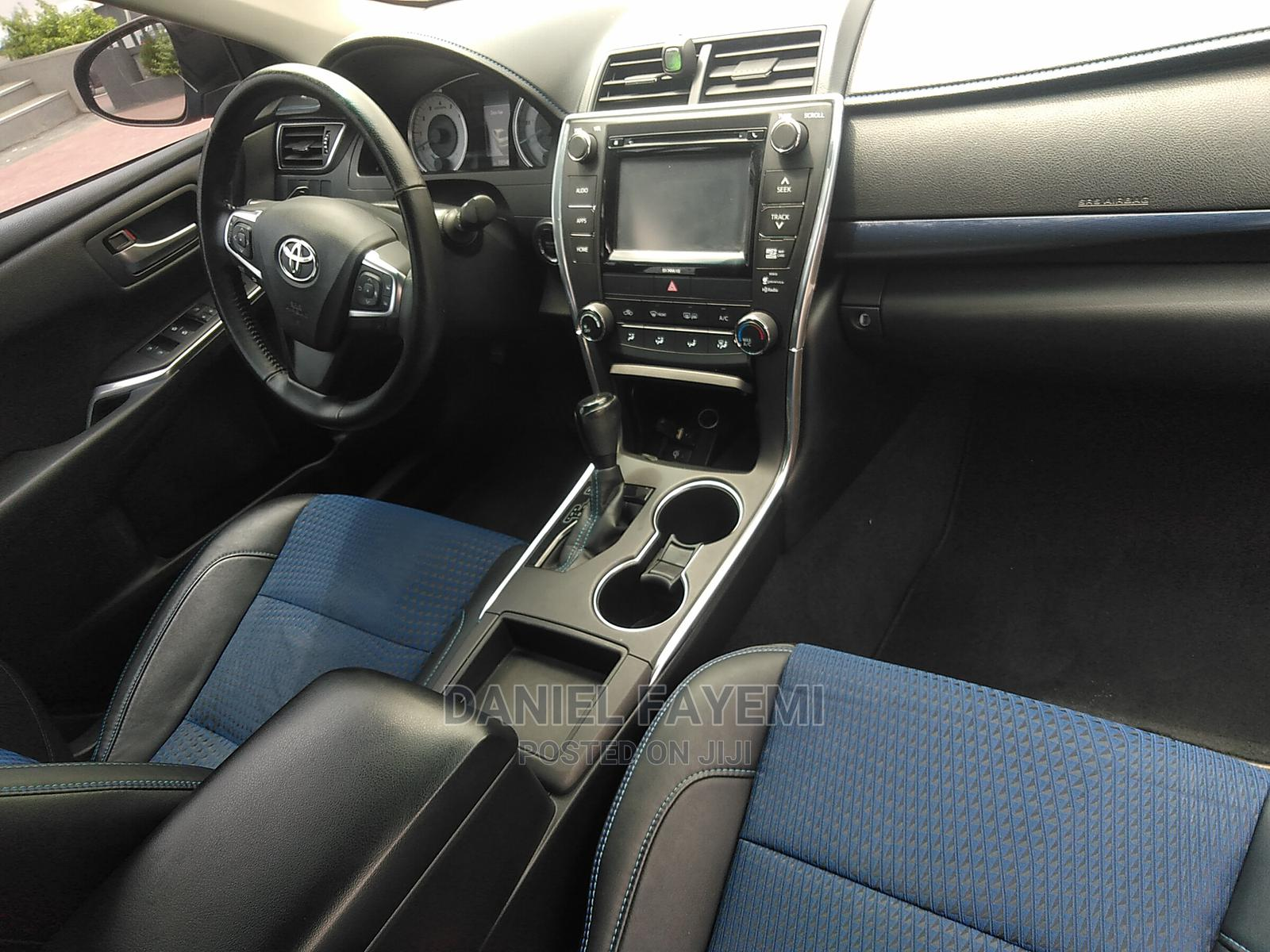 Archive: Toyota Camry 2016 Blue
