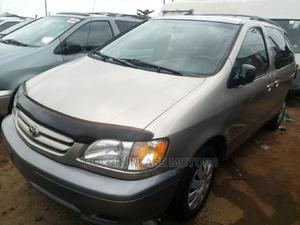 Toyota Sienna 2002 CE Gold | Cars for sale in Lagos State, Apapa
