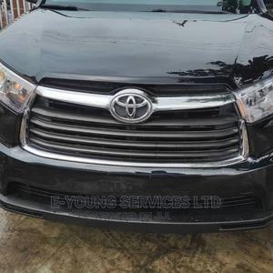 Toyota Highlander 2016 XLE V6 4x4 (3.5L 6cyl 6A) Black | Cars for sale in Lagos State, Ikeja