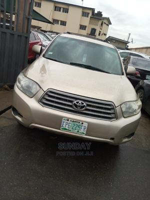 Toyota Highlander 2008 Gold   Cars for sale in Lagos State, Ikeja