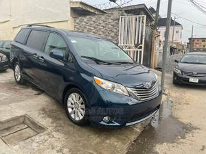 Toyota Sienna 2011 XLE 7 Passenger Mobility Blue | Cars for sale in Lagos State, Surulere