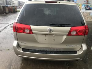 Toyota Sienna 2008 LE Gold | Cars for sale in Lagos State, Amuwo-Odofin