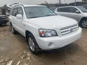 Toyota Highlander 2004 Limited V6 FWD White | Cars for sale in Lagos State, Surulere
