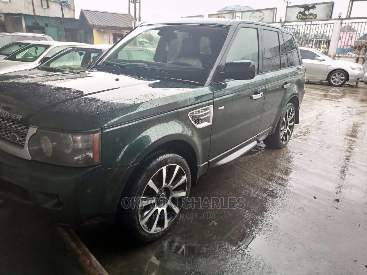 Archive: Land Rover Range Rover Sport 2012 HSE 4x4 (5.0L 8cyl 6A) Green