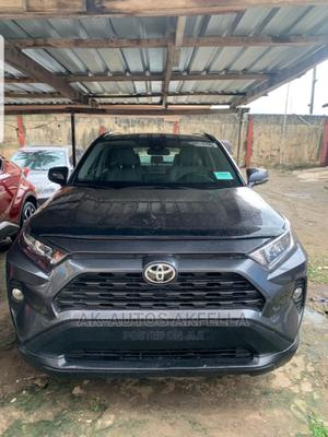 Toyota RAV4 2019 XLE AWD Gray   Cars for sale in Lagos State, Isolo