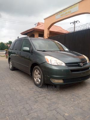 Toyota Sienna 2007 XLE Limited 4WD Gray | Cars for sale in Lagos State, Abule Egba
