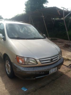 Toyota Sienna 2001 XLE Gold | Cars for sale in Kaduna State, Kaduna / Kaduna State