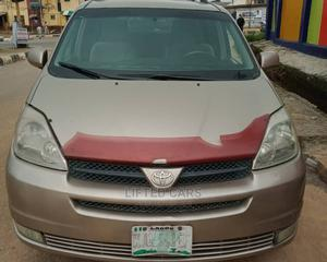 Toyota Sienna 2005 Gold   Cars for sale in Lagos State, Isolo