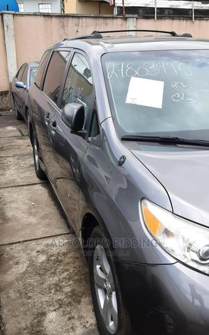 Toyota Sienna 2011 LE 7 Passenger Mobility Gray | Cars for sale in Lagos State, Ikeja