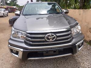 Toyota Hilux 2019 SR5 4x4 Gray   Cars for sale in Abuja (FCT) State, Central Business District
