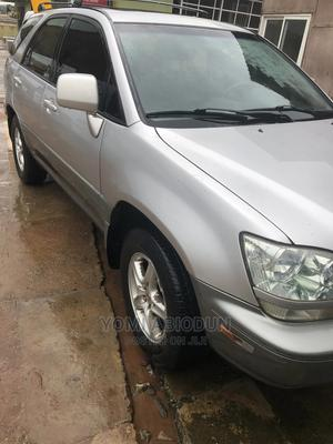Lexus RX 2002 300 4WD Silver | Cars for sale in Ogun State, Abeokuta South