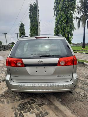 Toyota Sienna 2009   Cars for sale in Lagos State, Ajah