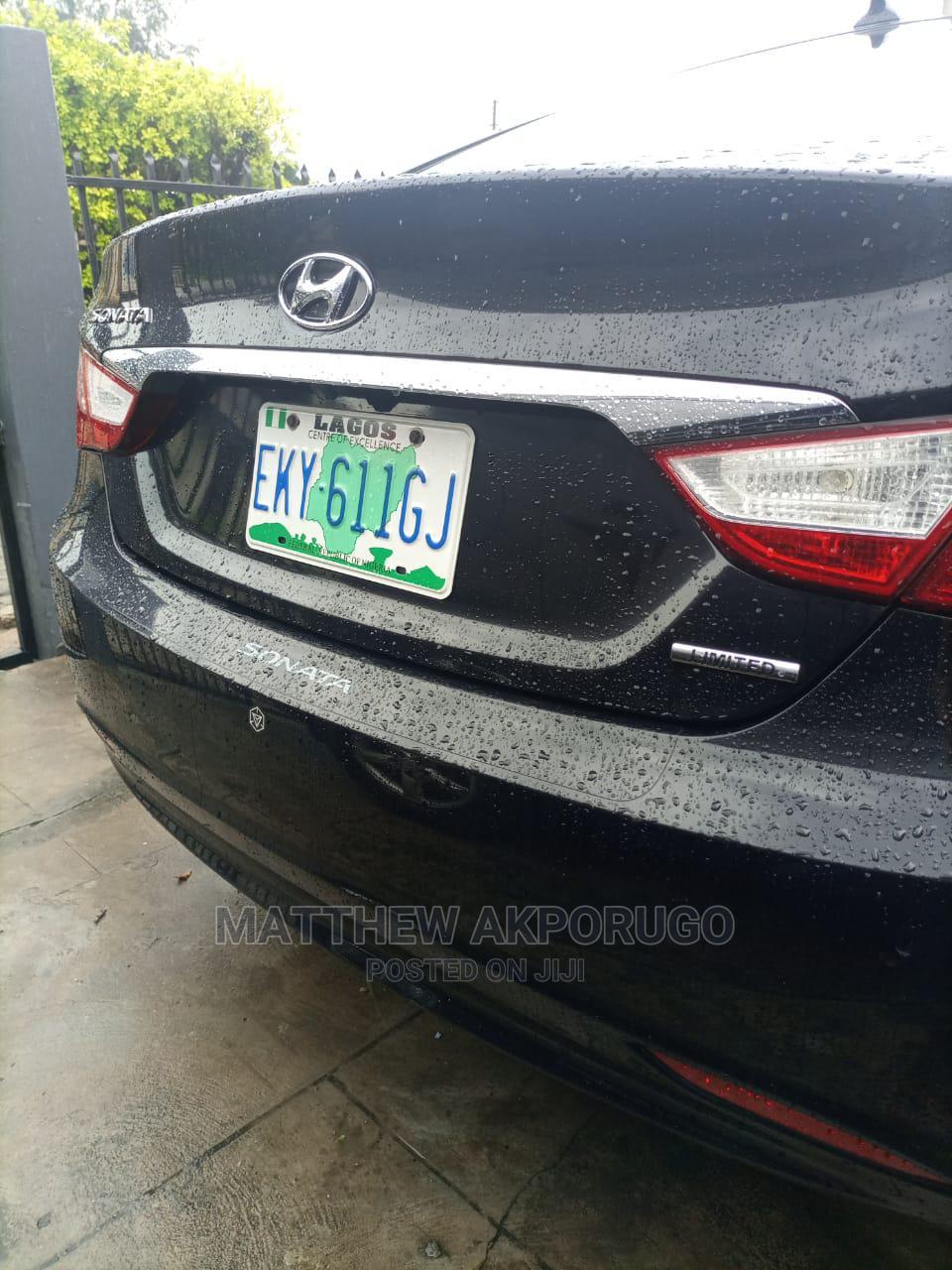 Archive: Hyundai Sonata 2010 Black