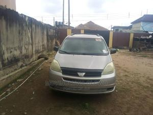 Toyota Sienna 2005 LE AWD Gold | Cars for sale in Lagos State, Abule Egba