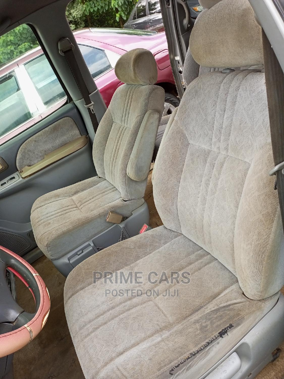 Archive: Toyota Sienna 2000 LE & 1 Hatch
