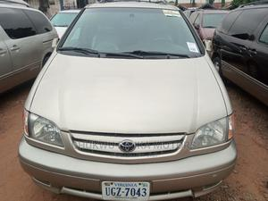 Toyota Sienna 2002 XLE Gold | Cars for sale in Lagos State, Apapa