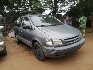 Toyota Sienna 2000 LE & 1 Hatch Gray | Cars for sale in Lagos State, Magodo