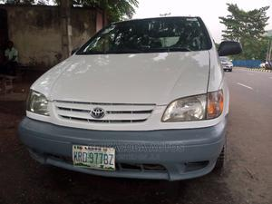 Toyota Sienna 2003 LE White   Cars for sale in Lagos State, Ikeja