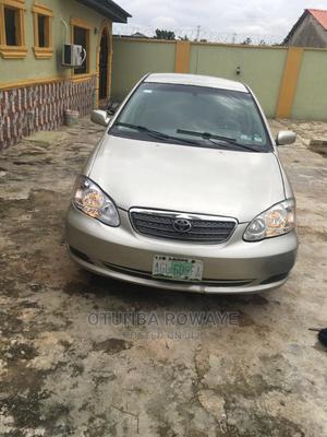 Toyota Corolla 2003 Sedan Automatic Gold | Cars for sale in Lagos State, Ikorodu