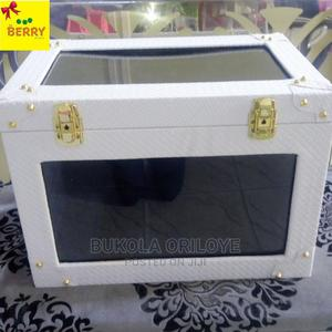 Executive White Gift Trunk | Arts & Crafts for sale in Lagos State, Surulere