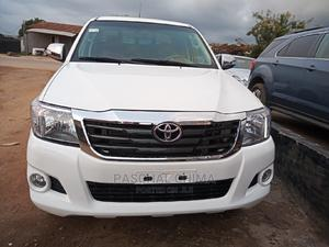 Toyota Hilux 2010 White | Cars for sale in Abuja (FCT) State, Kubwa