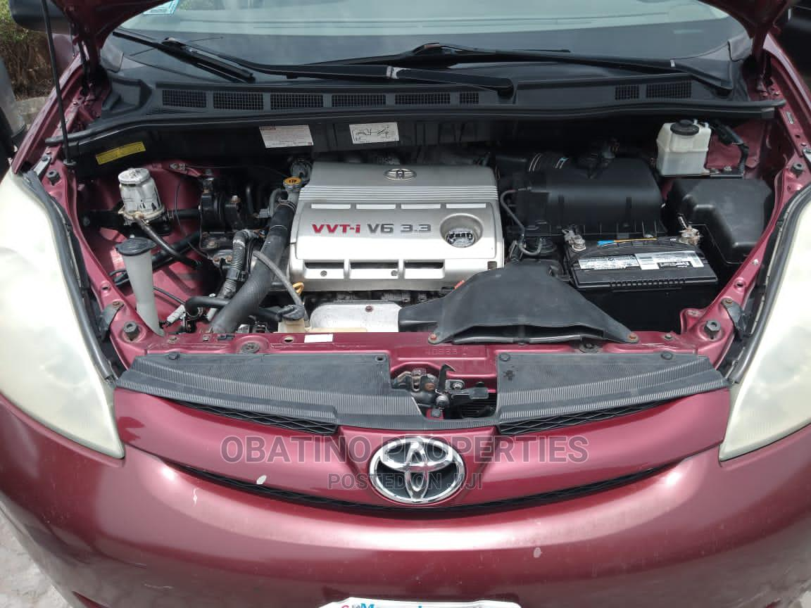 Toyota Sienna 2006 Red | Cars for sale in Amuwo-Odofin, Lagos State, Nigeria