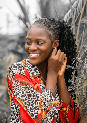 Female Model | Arts & Entertainment CVs for sale in Lagos State, Surulere