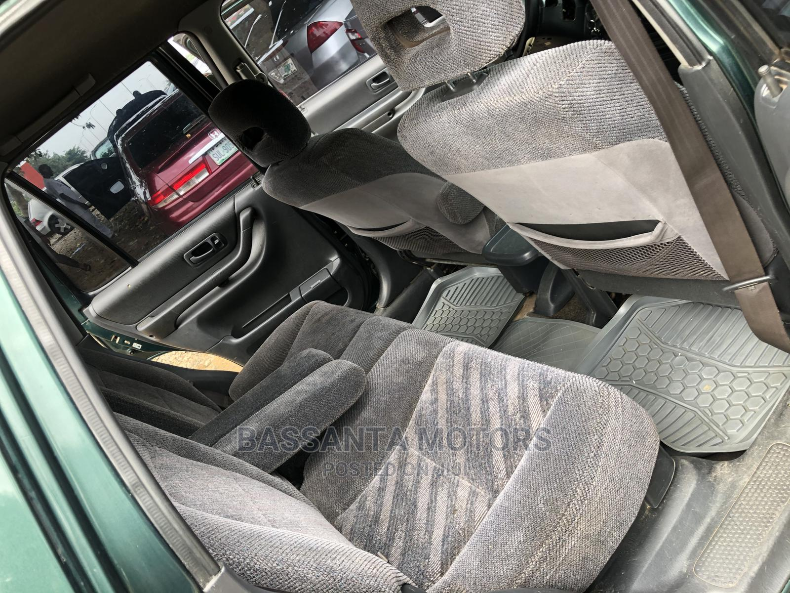 Archive: Honda CR-V 2000 2.0 Automatic Green
