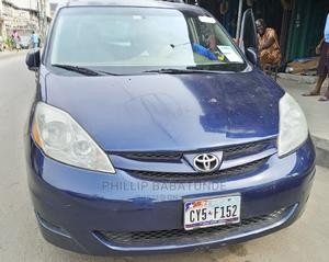 Toyota Sienna 2006 LE AWD Blue   Cars for sale in Lagos State, Yaba