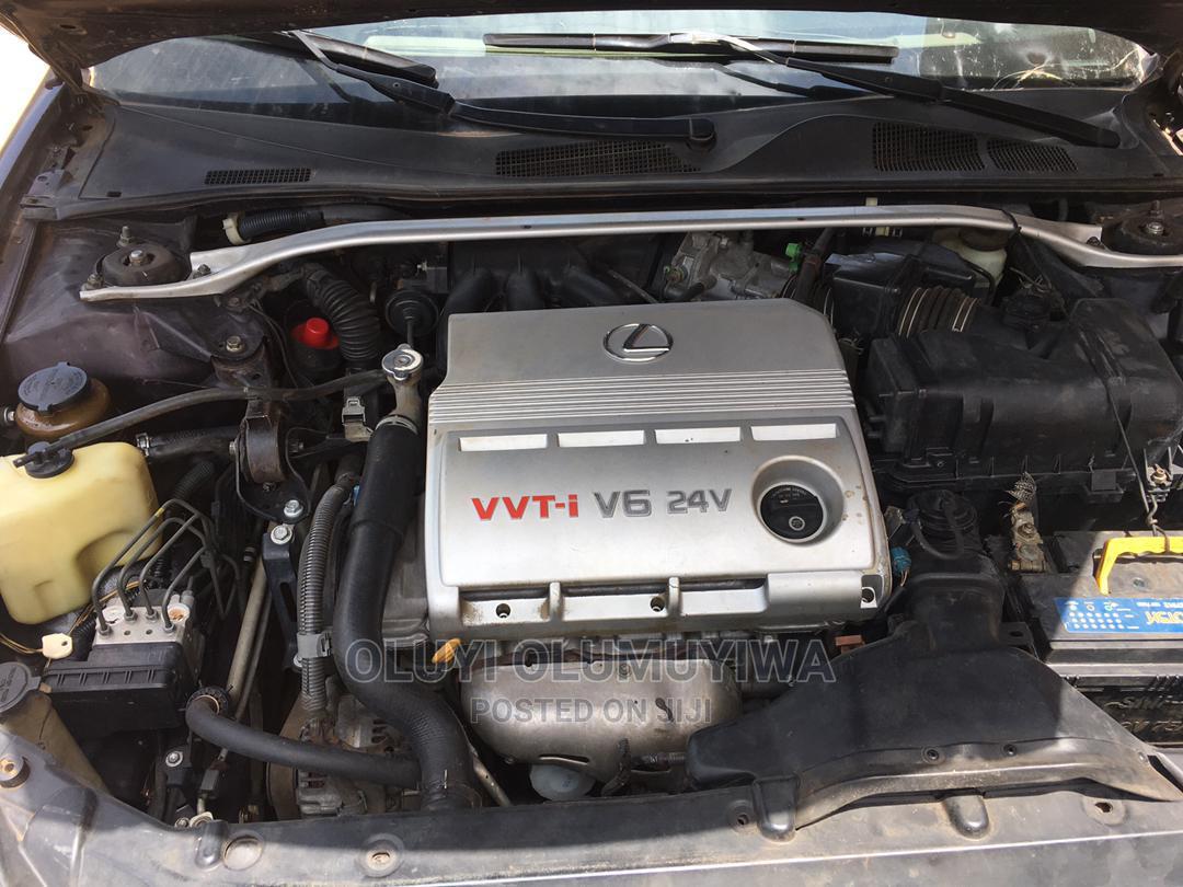 Archive: Lexus ES 2005 330 Brown