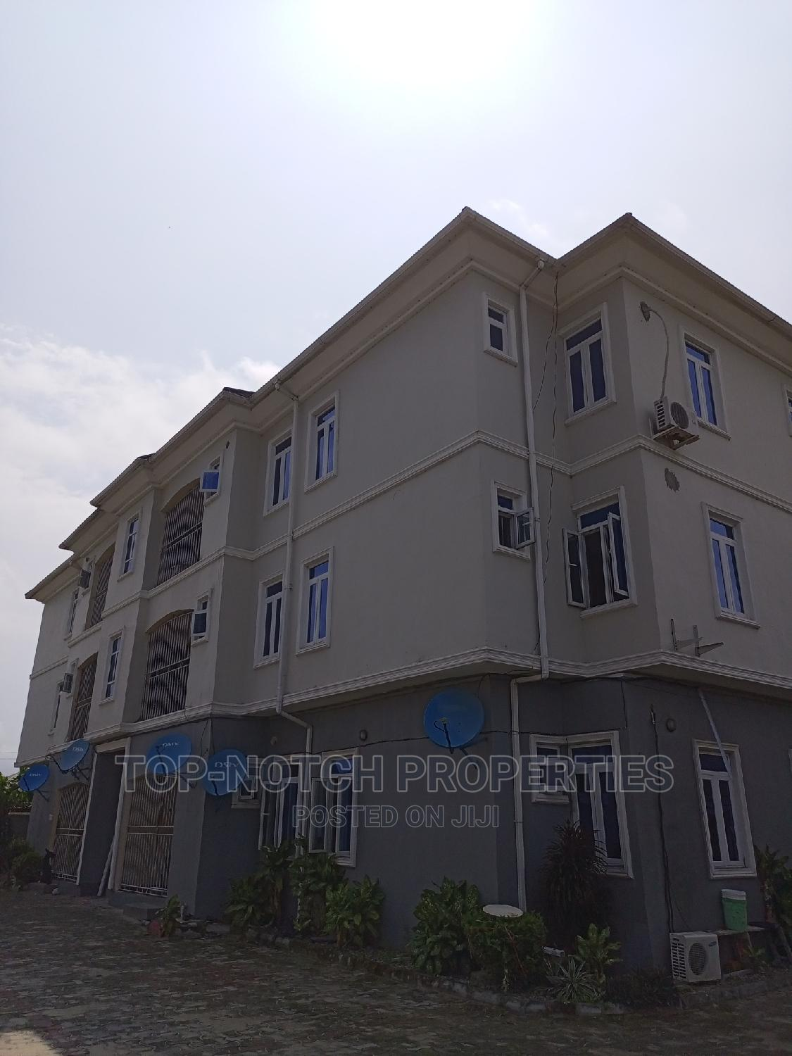 Archive: 3bdrm Block of Flats in Awoyaya, Off Lekki-Epe Expressway for Rent