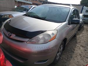 Toyota Sienna 2006 CE FWD Gold | Cars for sale in Lagos State, Apapa