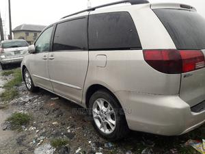 Toyota Sienna 2006 XLE Limited AWD Gold   Cars for sale in Rivers State, Port-Harcourt