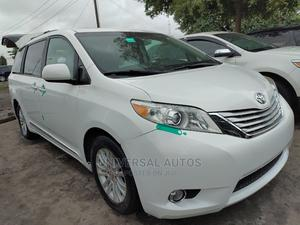 Toyota Sienna 2012 XLE 8 Passenger White | Cars for sale in Lagos State, Apapa