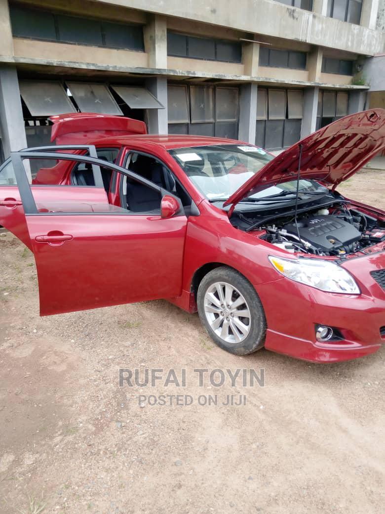 Toyota Corolla 2009 Red
