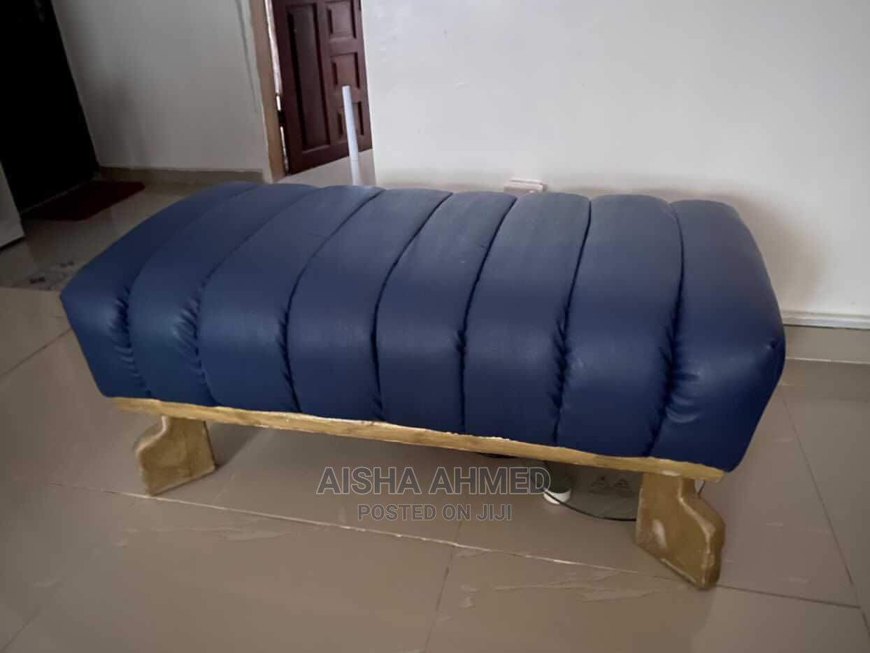 Barely Used Ottoman   Furniture for sale in Lekki, Lagos State, Nigeria