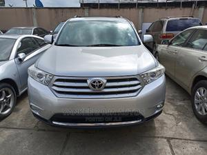 Toyota Highlander 2013 Limited 3.5l 4WD Silver | Cars for sale in Lagos State, Ikeja