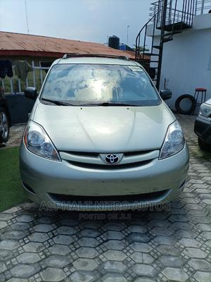 Toyota Sienna 2009 LE Green | Cars for sale in Lagos State, Ajah