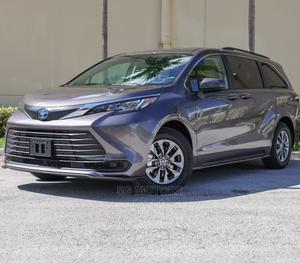 New Toyota Sienna 2021 XLE 8-Passenger Gray | Cars for sale in Abuja (FCT) State, Wuse 2