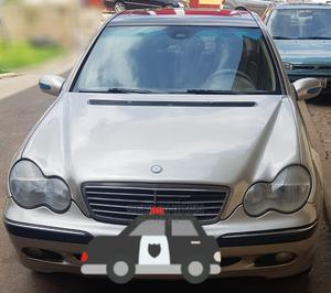 Mercedes-Benz C240 2004 Gold | Cars for sale in Abuja (FCT) State, Garki 2