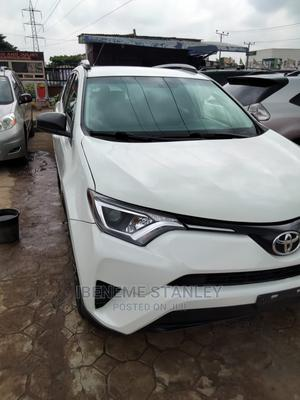 Toyota RAV4 2016 LE AWD (2.5L 4cyl 6A) White   Cars for sale in Lagos State, Isolo