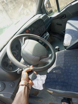 A Clean Tokunbo Iveco Bus for Sale, Six Bolt. | Buses & Microbuses for sale in Lagos State, Alimosho
