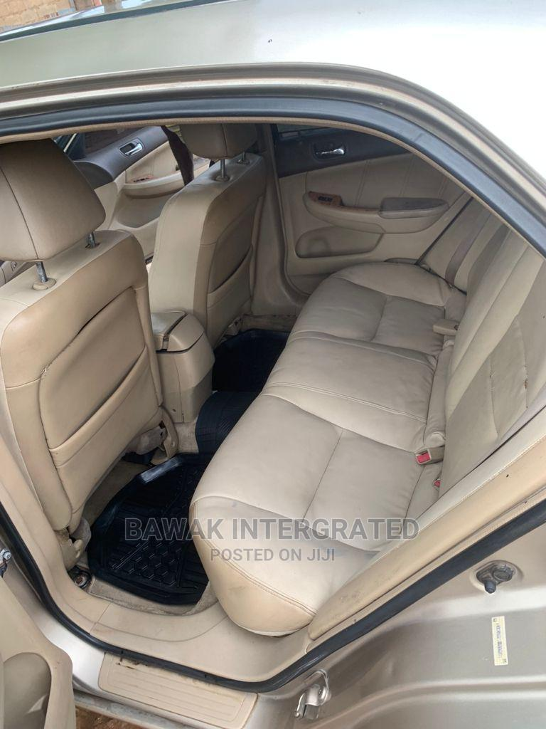 Archive: Honda Accord 2004 2.4 Type S Automatic Gold