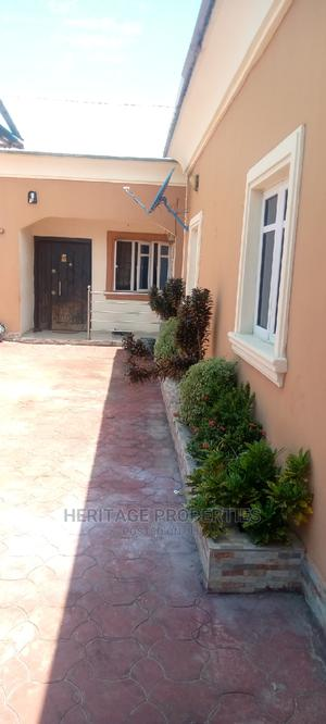 Mini Flat in Charles Estates, Off Lekki-Epe Expressway for Rent | Houses & Apartments For Rent for sale in Ajah, Off Lekki-Epe Expressway