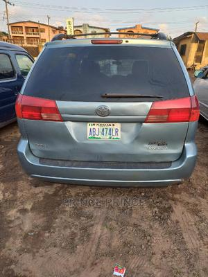 Toyota Sienna 2004 Blue   Cars for sale in Lagos State, Ikotun/Igando