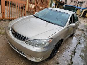 Toyota Camry 2005 Gold | Cars for sale in Lagos State, Surulere