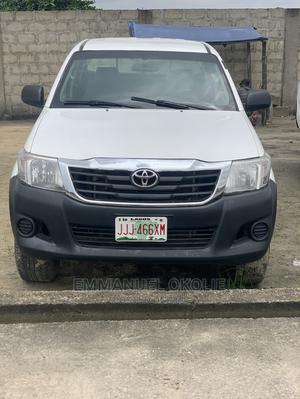 Toyota Hilux 2010 2.7 VVT-i 4X4 SRX White | Cars for sale in Delta State, Uvwie