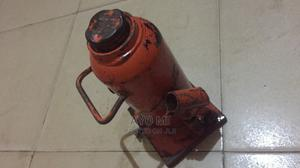 10 Toons Jack   Vehicle Parts & Accessories for sale in Ogun State, Ado-Odo/Ota