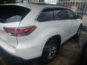 Toyota Highlander 2014 White | Cars for sale in Lagos State, Ikeja