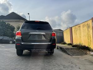 Toyota Highlander 2013 Limited 3.5L 2WD Green | Cars for sale in Lagos State, Surulere
